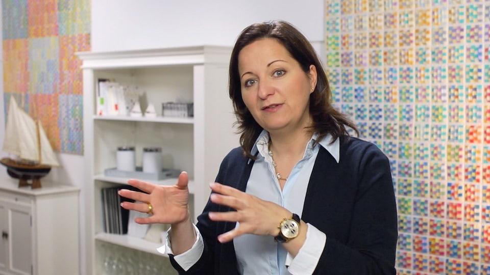 Warum (und wie) negatives Denken Sie wirklich weiterbringen kann - Der Videoblog von Stefanie Voss
