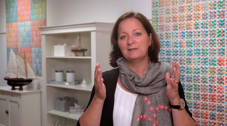 So können Sie mit echtem Fokus komplexe Aufgaben gut bewältigen - Der Videoblog von Stefanie Voss