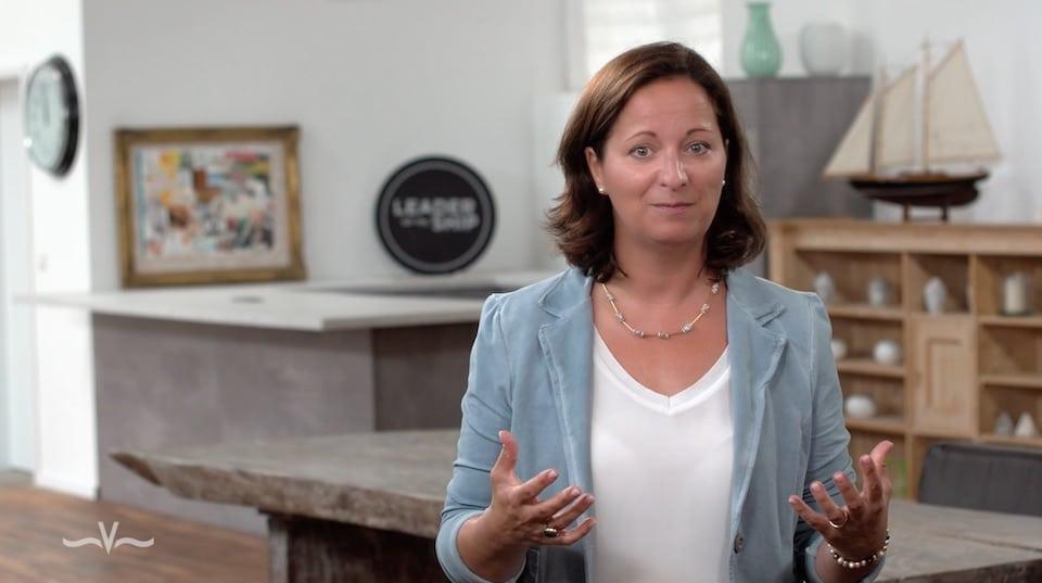Wie Sie ganz ohne besondere Talente trotzdem einen hervorragenden Eindruck machen können - Der Videoblog von Stefanie Voss